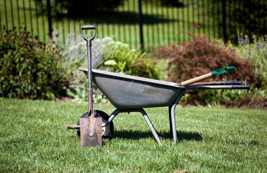 essential tools for garden landscaping
